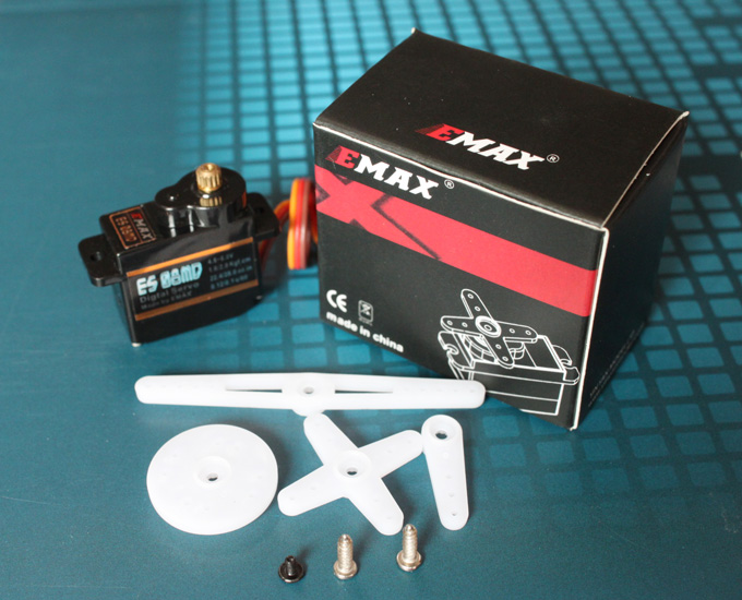 EMAX ES08MD Digital Metall Servo 13g