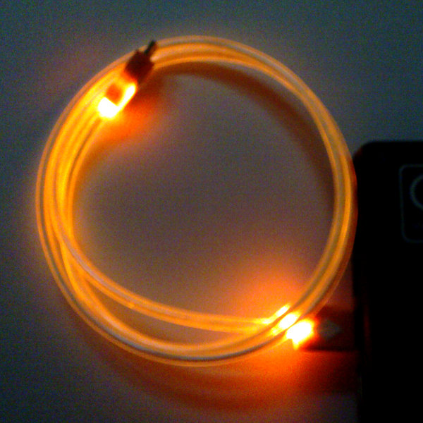 USB Micro-B Kabel 90cm - Orange beleuchtet)