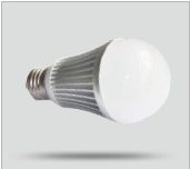 LED Lampe E27 9W (warmweiss)